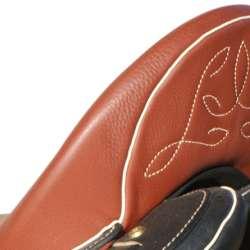 Amazona Dressage Comfort 3000 - Nahtbild am Äfter
