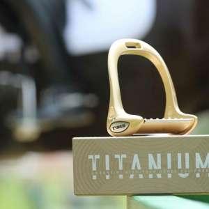 Titan-Stark: Iberosattel nimmt Steigbügel von Lorenzini ins Sortiment auf